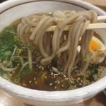 六盛 - そば粉入り麺