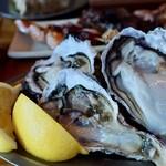 STAND - 旬の岩牡蠣