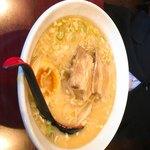 中華料理 水の音 - 豚骨ラーメン