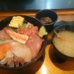 うおや - 海鮮丼