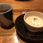西新初喜 - デザートとほうじ茶