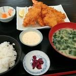 85891373 - 平日限定 ミックスフライ定食