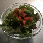 歌舞伎町ブックセンター - FOOD SETのサラダ