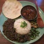 Kariandosupaisuaoitori - ポークキーマ+和牛と七味唐辛子のカレー