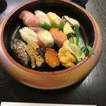 85899869 - 極特上握り寿司