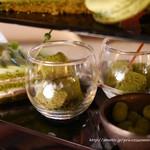 アトリウムラウンジ - 季節のハイティーセット 抹茶 ラデュレマカロン付き