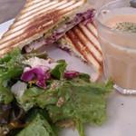 ココフル カフェ - 料理写真:キューバサンド