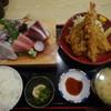 磯人 - 料理写真:刺身三種とよりぬき鯵たたきとフライ(鯵・わらさ・海老)定食