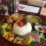 コイノボリ食堂 - 料理写真:ダルバート(チキンカレー)