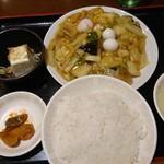 85915459 - 八宝菜定食