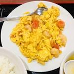 達磨 - エビとトマトの炒め