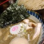 85918727 - つけ麺煮番搾り+中盛+特製トッピング 1150円