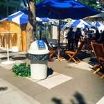 VIRON - 隣のビル キッテの広場