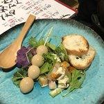 85927332 - 男サラダと女サラダのハーフ。紫芋のサラダは初めて。