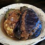 食堂 みかつき - 茄子とゴーヤの海老詰め煮&コーンの海老団子