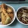 じんで  - 料理写真:天丼550円プラスミニうどん温300円