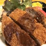 神戸一 - 大きなミンチカツ、デミグラスソースも美味しいです(2018.5.16)