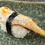 寿司 さ々木 - 当店人気の二大名物「ハタハタの炙りにぎり」