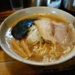 85938685 - 「京介ラーメン」チャーシュ 海苔、メンマの盛付が良い