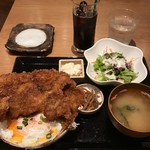 Ku-Fuku - 特大わらじソースカツ丼大盛1000円税込