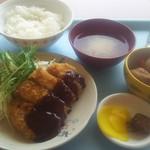 中野坂上 ハーモニータワー けやきガーデン - 和風味噌カツ定食500円+小鉢80円