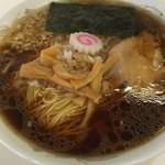 トモエ - 料理写真:ラーメン大。¥600(ラーメン並は¥500)リーズナボーなのも八王子ラーメンの特長です!