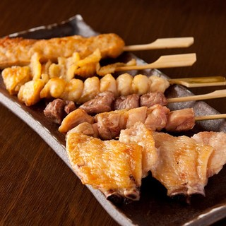 お酒によく合う和食を取り揃えております。