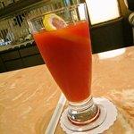 下呂温泉ソサエティ ラウンジ - 下呂特産のトマトジュース