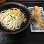 うどん市場 めんくい - 料理写真:今日の昼ごはんは270円 抜群のコスパです