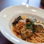 85952202 - 【プリモピアット】、茄子(なす)の蕃茄(とまと)味(あぢ)意大利麪(パスタ)、スパゲティーニ