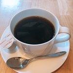85952546 - セットのホットコーヒーはお代わり自由