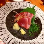 魚に鍋に炭火焼 いちかわ 藤 - カツオは脂のノリも良くて美味