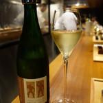 とり口 - スパークリングワイン