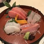 酒菜や MARUICHI - 中トロ、縞鰺、鯛、金目鯛