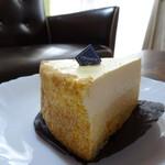 シエル - 料理写真:二層のチーズケーキ