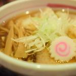麺屋しみる - 煮干しわんたん麺(並150g)@税込950円
