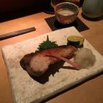 TAKASEGAWA - 脂の載った寒ブリ炭焼