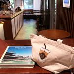 ブールバードカフェ アンドナイン - ボールパーク・カフェ