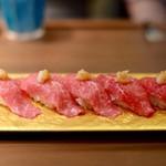 創作鉄板 粉者牛師 - 和牛炙り寿司