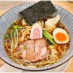 喜粋 - 醤油わんたん麺 950円 バランスよし!