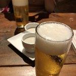 SHINJYUKU RAMBUTAN - まずは生ビールでカンパーイ!