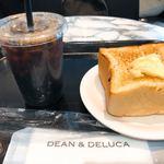ディーン&デルーカ マーケットストア - 豆乳のパン