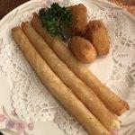 カフェ&レストラン談話室 ニュートーキョー - カリカリチーズフライとカマンベールチーズフライ