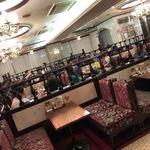 カフェ&レストラン談話室 ニュートーキョー - レトロ感満載な店内