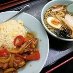 熊っ子ラーメン - 鶏酢チャーハンと半ラーメン 750円