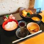 お酒と魚 三二六 - 料理写真: