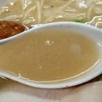 濃厚 鶏白湯らーめん シダレ - ドロッとした濃厚スープ!