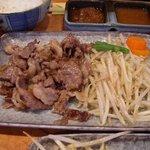 ステーキハウス さとう - 松坂牛オイル焼き定食(840円)