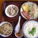沖縄家庭料理 いけだ - ゆし豆腐定食