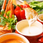 チキンバル 伊太利亭 - 料理写真:チーズフォンデュ